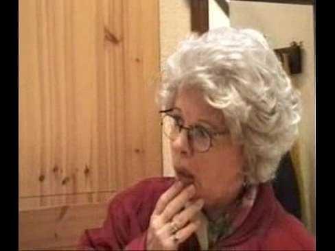 Imagen La abuela sorprende al nieto con una gran mamada