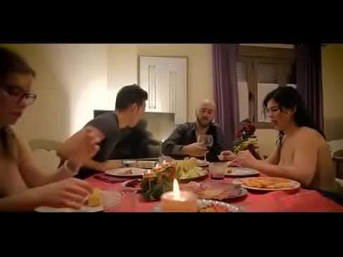 Imagen La familia hace una orgía después de cenar