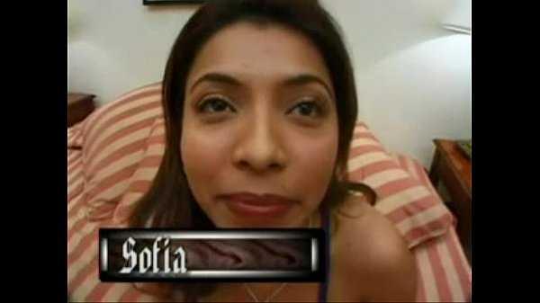 Imagen Cuando tienes una prima latina tu debes es follarla incesto morboso